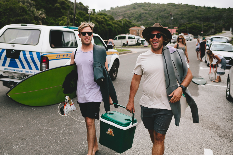Hannah-Brad-wilderness-wedding-west-coast-victoria-vic-bay-backpackers-surfer-surf_0546.jpg