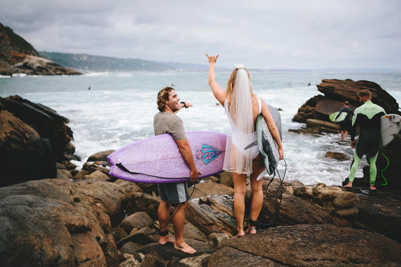Hannah-Brad-wilderness-wedding-west-coast-victoria-vic-bay-backpackers-surfer-surf_0558.jpg