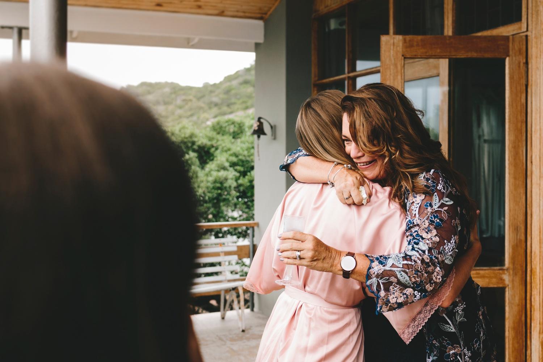 Hannah-Brad-wilderness-wedding-west-coast-victoria-vic-bay-backpackers-surfer-surf_0586.jpg