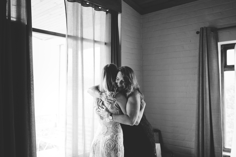 Hannah-Brad-wilderness-wedding-west-coast-victoria-vic-bay-backpackers-surfer-surf_0592.jpg
