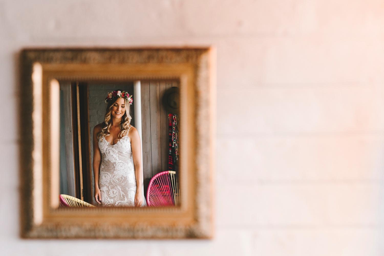 Hannah-Brad-wilderness-wedding-west-coast-victoria-vic-bay-backpackers-surfer-surf_0604.jpg