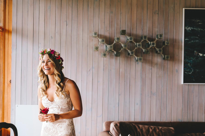 Hannah-Brad-wilderness-wedding-west-coast-victoria-vic-bay-backpackers-surfer-surf_0606.jpg
