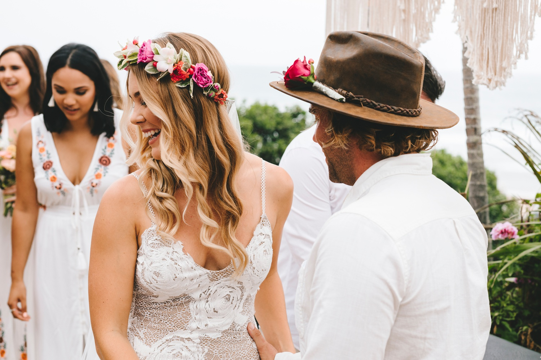 Hannah-Brad-wilderness-wedding-west-coast-victoria-vic-bay-backpackers-surfer-surf_0614.jpg