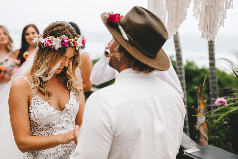 Hannah-Brad-wilderness-wedding-west-coast-victoria-vic-bay-backpackers-surfer-surf_0617.jpg
