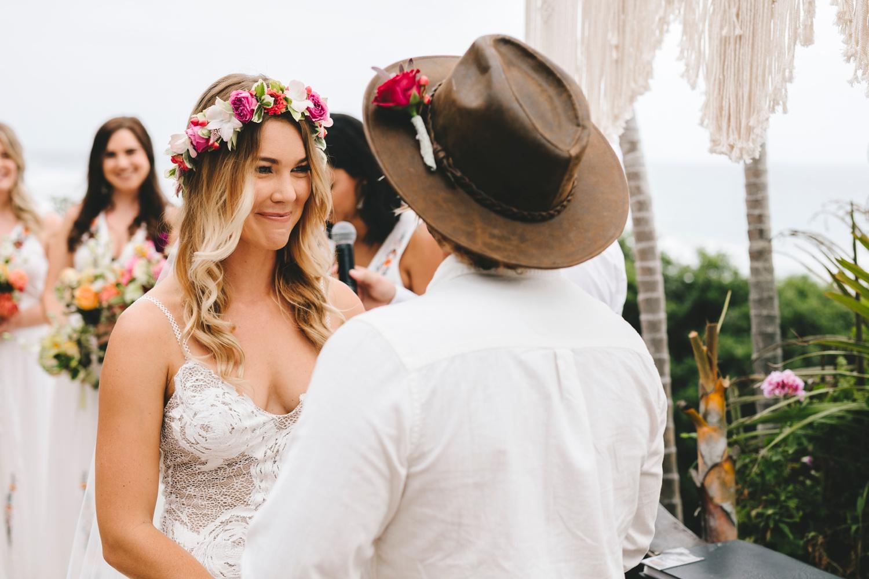 Hannah-Brad-wilderness-wedding-west-coast-victoria-vic-bay-backpackers-surfer-surf_0621.jpg