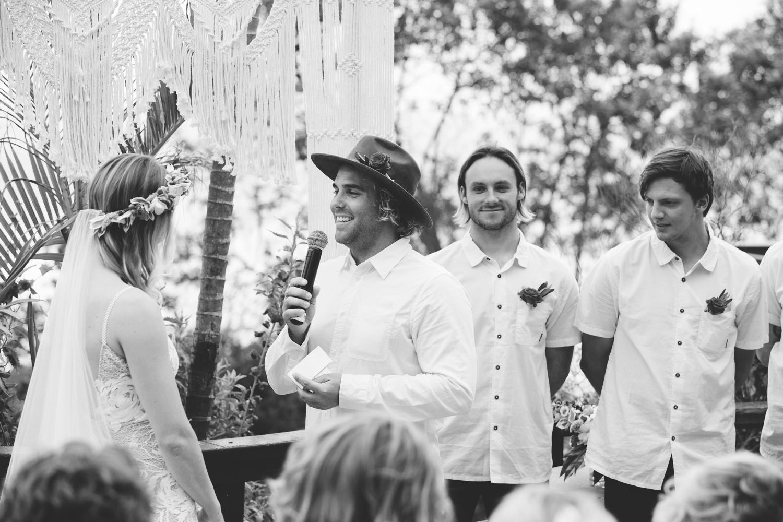 Hannah-Brad-wilderness-wedding-west-coast-victoria-vic-bay-backpackers-surfer-surf_0623.jpg