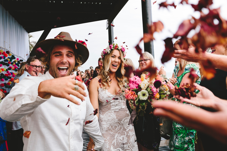 Hannah-Brad-wilderness-wedding-west-coast-victoria-vic-bay-backpackers-surfer-surf_0632.jpg