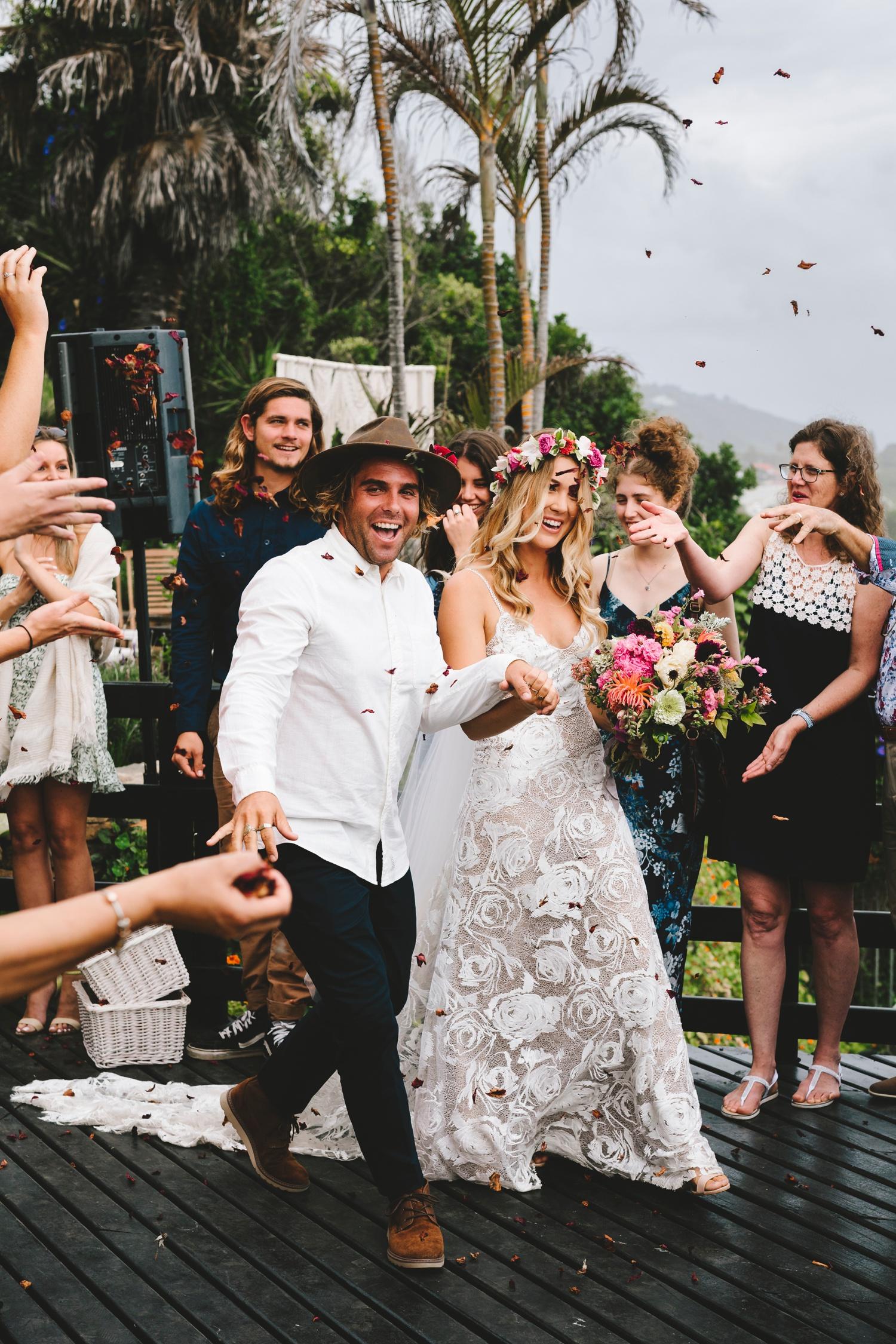 Hannah-Brad-wilderness-wedding-west-coast-victoria-vic-bay-backpackers-surfer-surf_0631.jpg