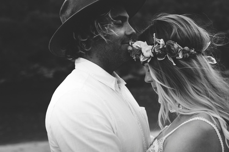 Hannah-Brad-wilderness-wedding-west-coast-victoria-vic-bay-backpackers-surfer-surf_0659.jpg