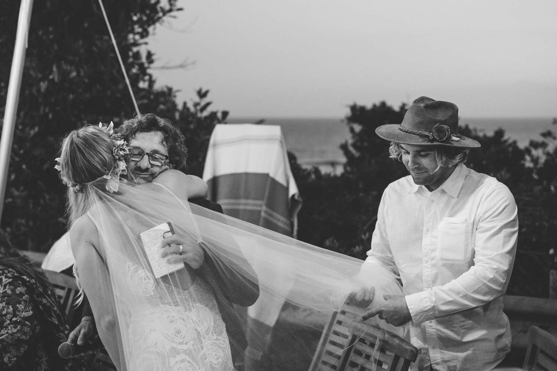 Hannah-Brad-wilderness-wedding-west-coast-victoria-vic-bay-backpackers-surfer-surf_0681.jpg