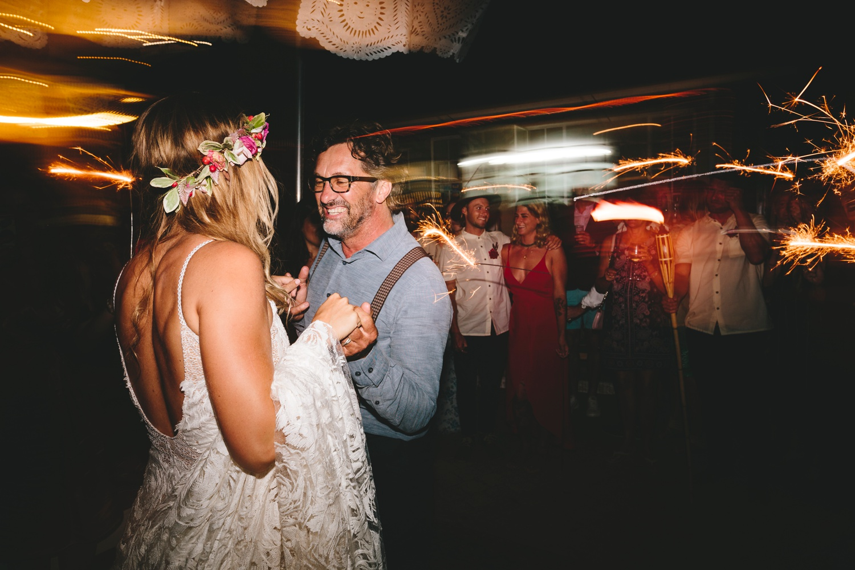 Hannah-Brad-wilderness-wedding-west-coast-victoria-vic-bay-backpackers-surfer-surf_0708.jpg