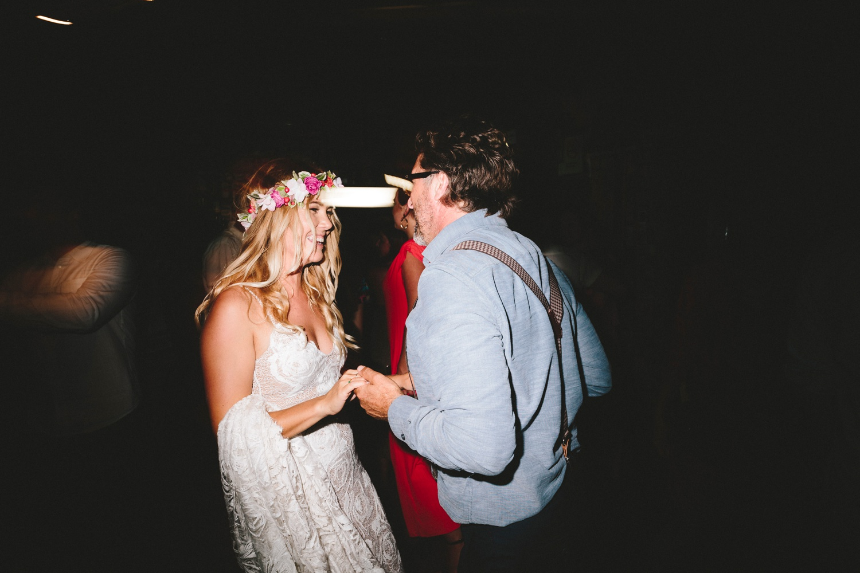 Hannah-Brad-wilderness-wedding-west-coast-victoria-vic-bay-backpackers-surfer-surf_0710.jpg
