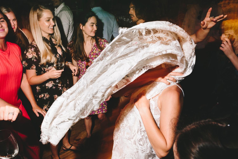 Hannah-Brad-wilderness-wedding-west-coast-victoria-vic-bay-backpackers-surfer-surf_0713.jpg