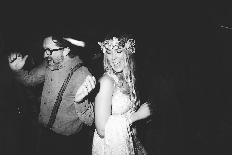 Hannah-Brad-wilderness-wedding-west-coast-victoria-vic-bay-backpackers-surfer-surf_0716.jpg
