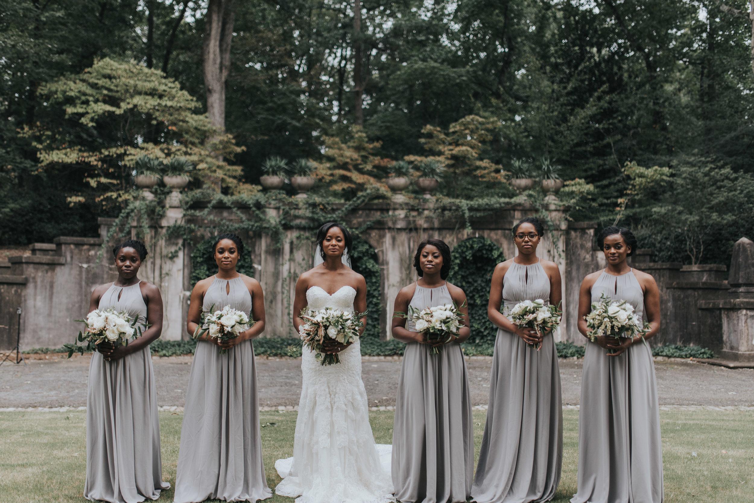 Bridesmaids outside of Swan House in Atlanta, GA