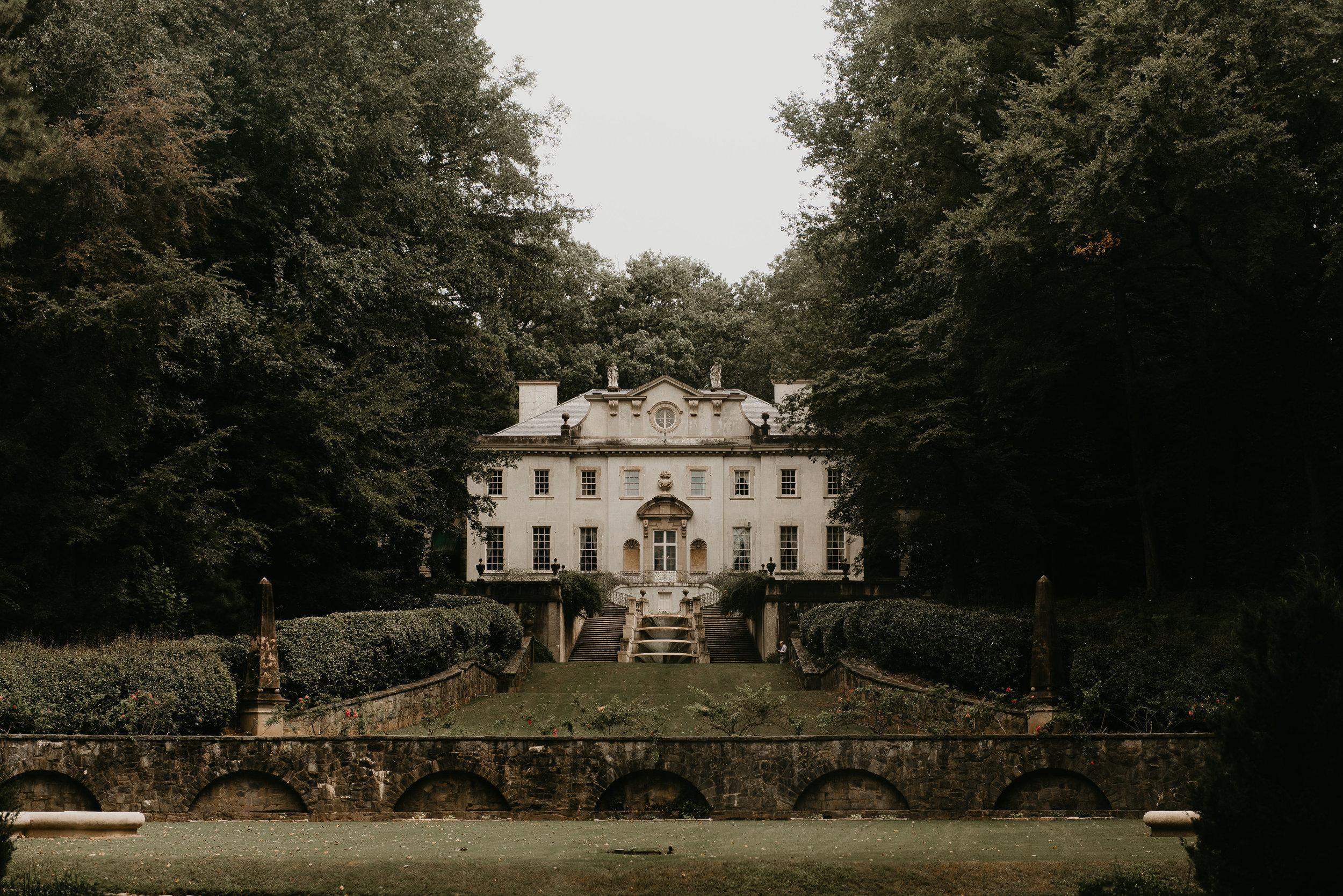 The Historic Swan House and lawn in Atlanta, GA