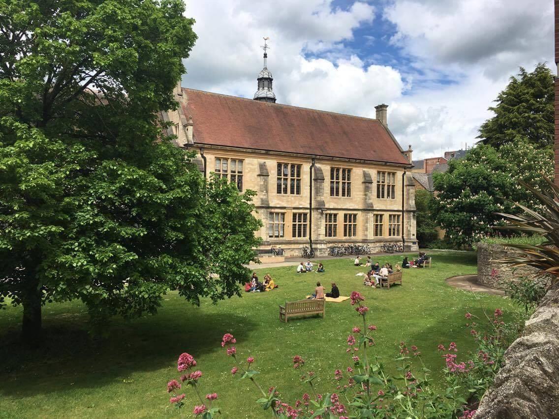 The History Faculty garden