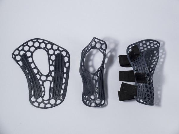 wrist-brace-3d-printed-2.jpg