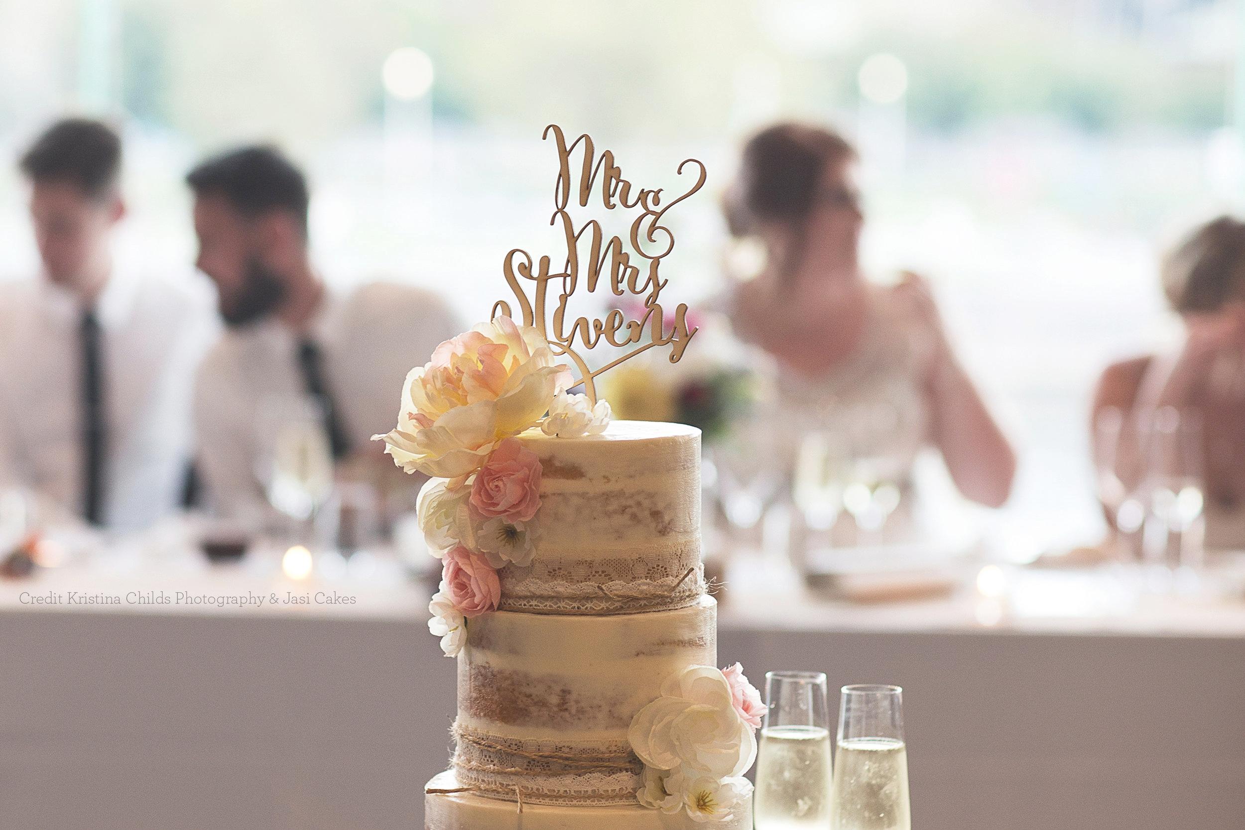 Communicake it wedding custom.jpg
