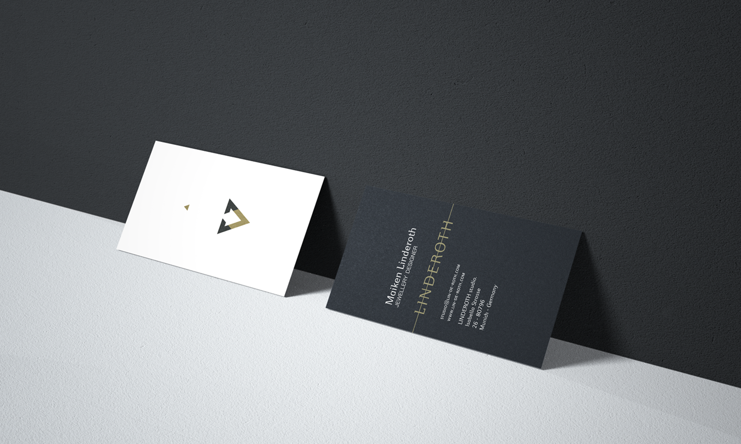 Business card design for Linderoth Jewellery