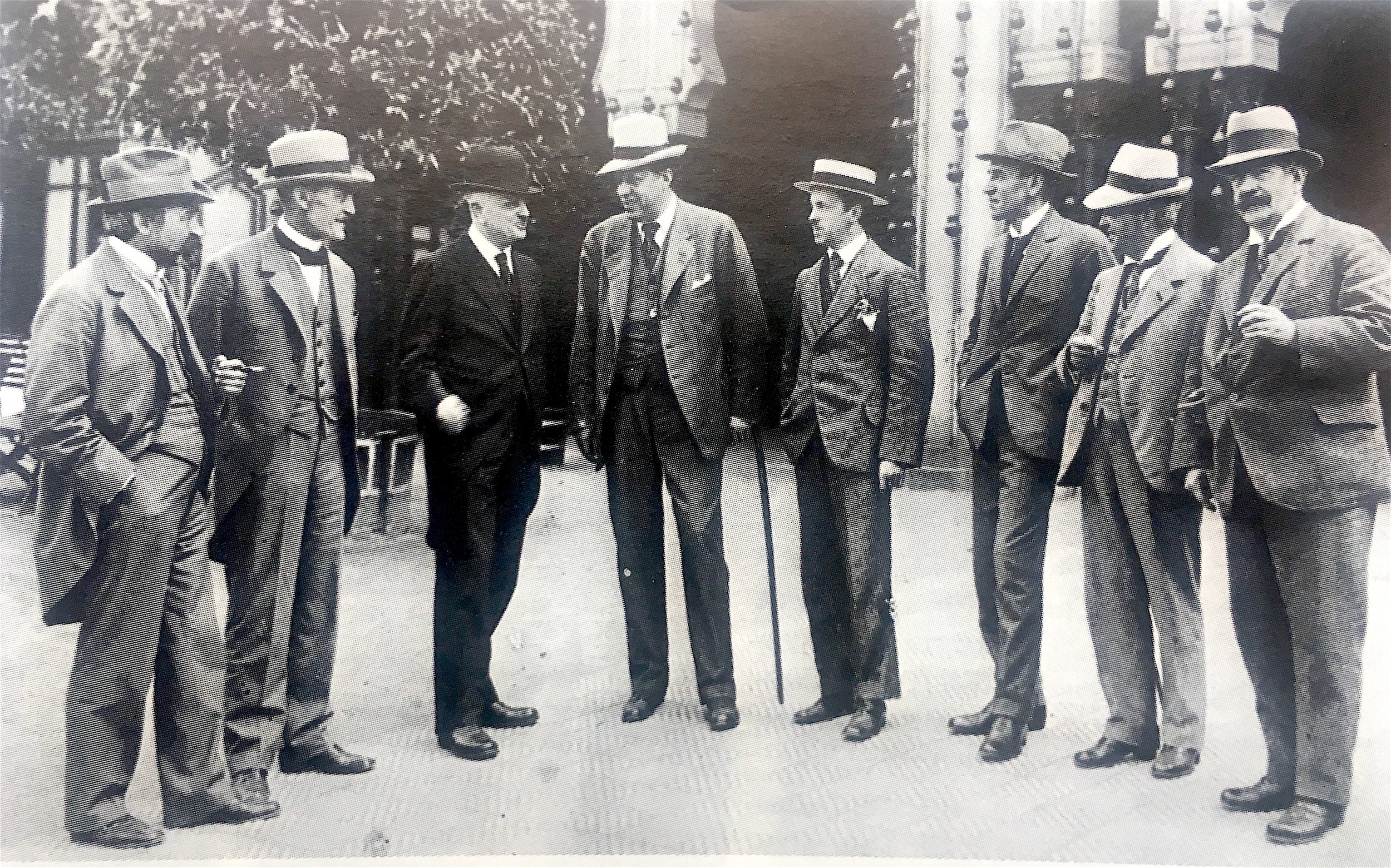 Nordic Music Days 1919 in Copenhagen became the last combined performance of the 'old team' of innovative composers from around 1890 and the century's rst decade. In this photo, taken 20 June 1919 outside Tivoli in Copenhagen, one can see (from left to right) Frederik Schneidler-Petersen (conductor of the Tivoli Orchestra), Robert Kajanus, Jean Sibelius, George Heeberg ( rst conductor of the Royal Orchestra), Erkki Melartin, Willhelm Stenhammar, Carl Nielsen and Johan Halvorsen  Photo from article in Sohlman's Music Encyclopedia, No 4. 1975, written by Bergljot Krohn Bucht.