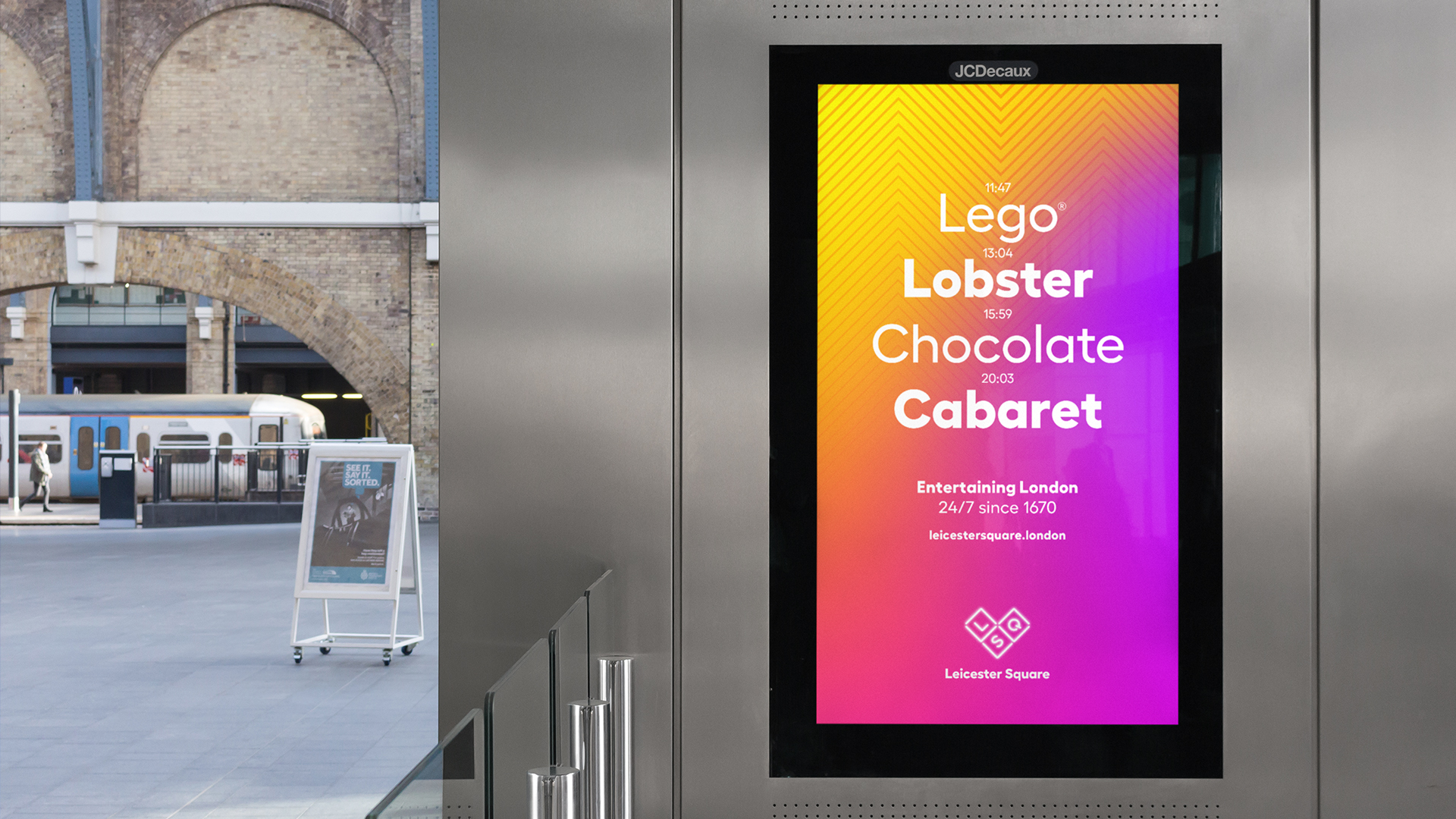 Lantern_LeicesterSquare_3.jpg