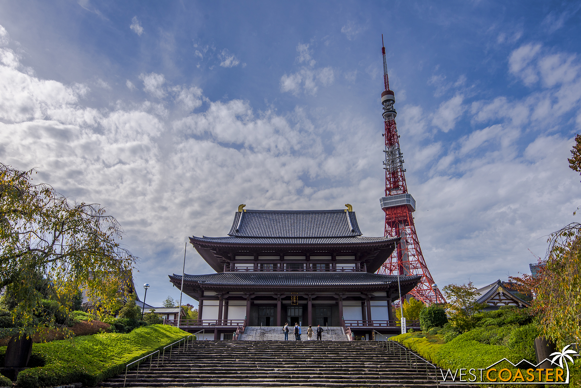 Zojoji Temple and Tokyo Tower provide a wonderful composition during a brief moment of blue skies.