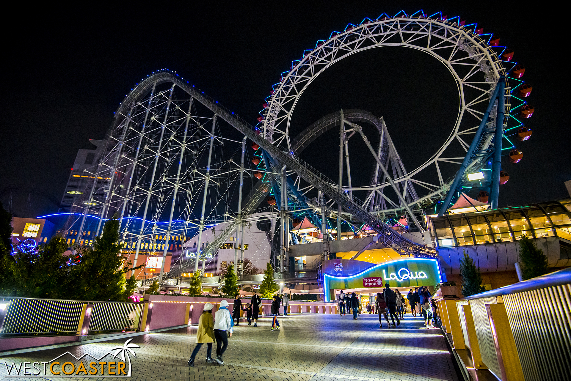 La Qua, located right in the Tokyo Dome City complex, features the best named roller coaster ever: the Intamin megacoaster, Thunder Dolphin.