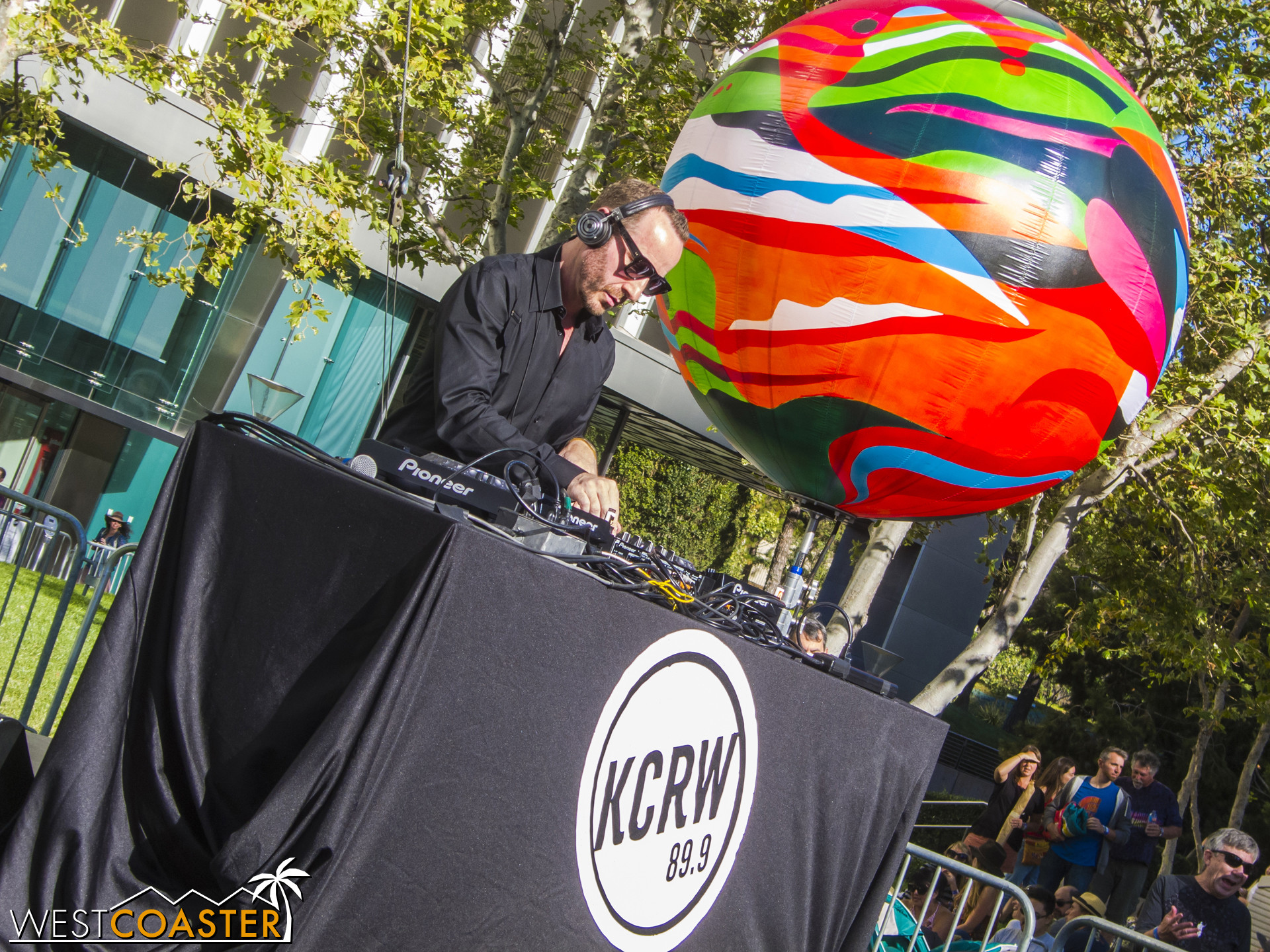 KCRW DJ Jason Bentley provided emcee services and house music prior to the opener.