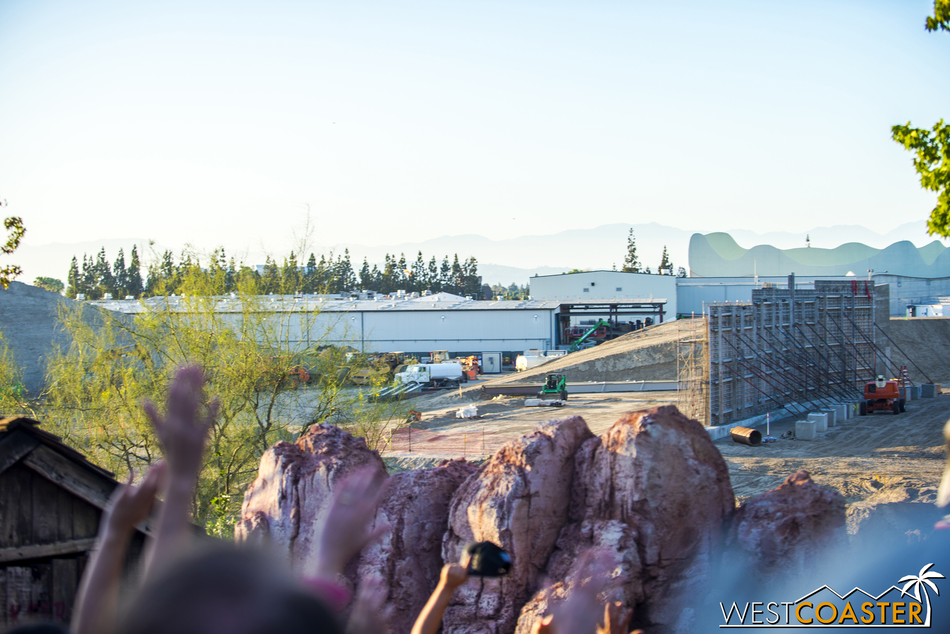 Here's a view of the same area from the second lift hill of Big Thunder Mountain Railroad.