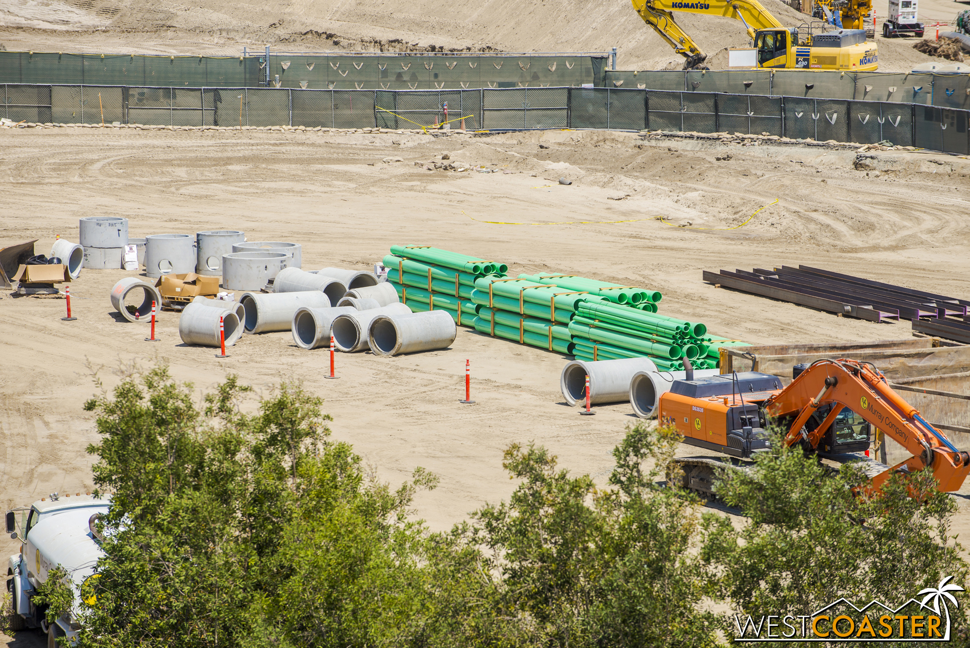 The #PoopPies are scattered around too. They've really laid a lot of pipe here. Big pipes, medium pipes, small pipes. Pipes of all sizes and colors.