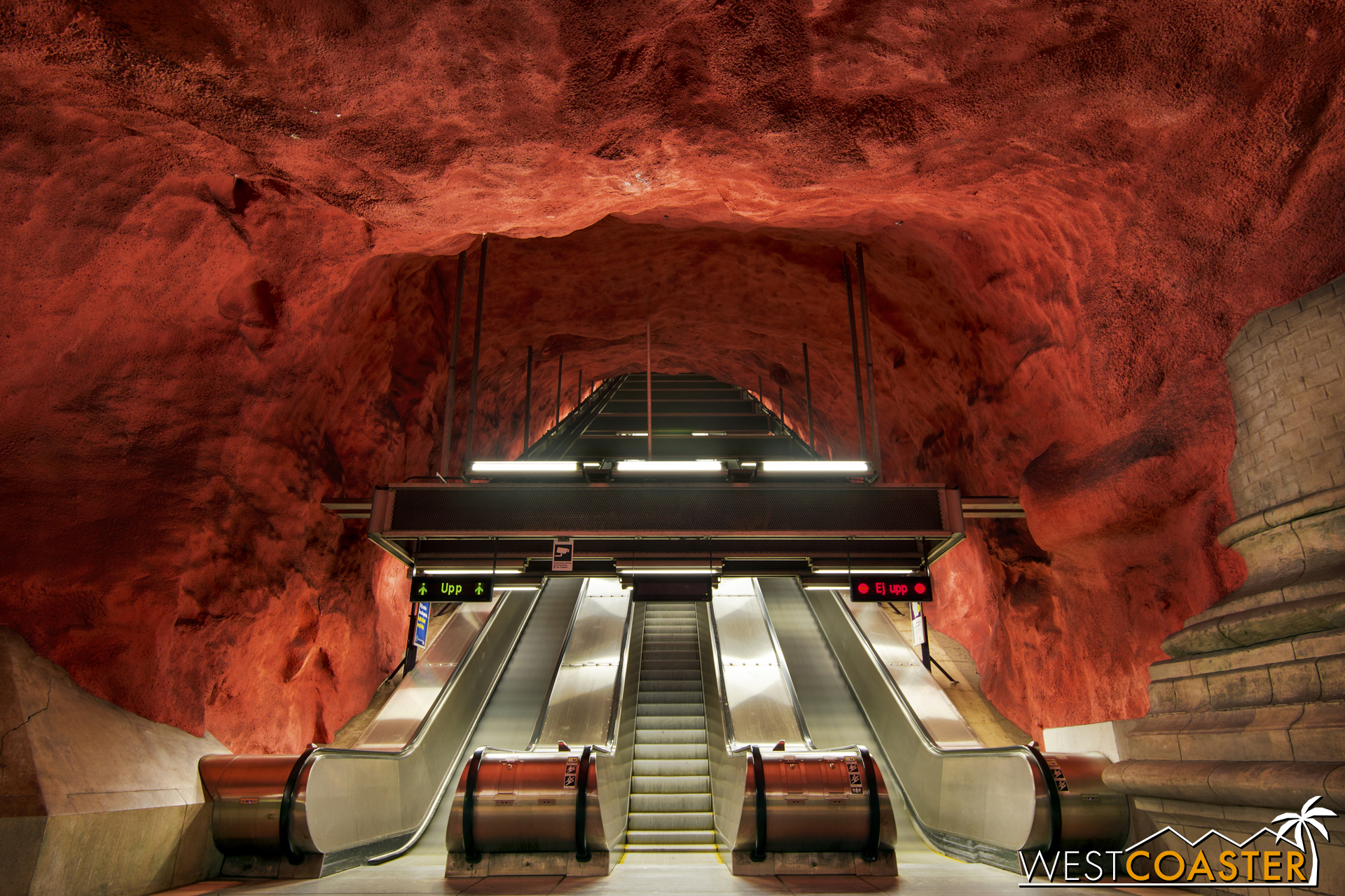 The T-Bana's Radhuset station features what is made out to be an ethereal cavern of exposed red bedrock, as though the rail line was routed into this mystical subterranean chamber.