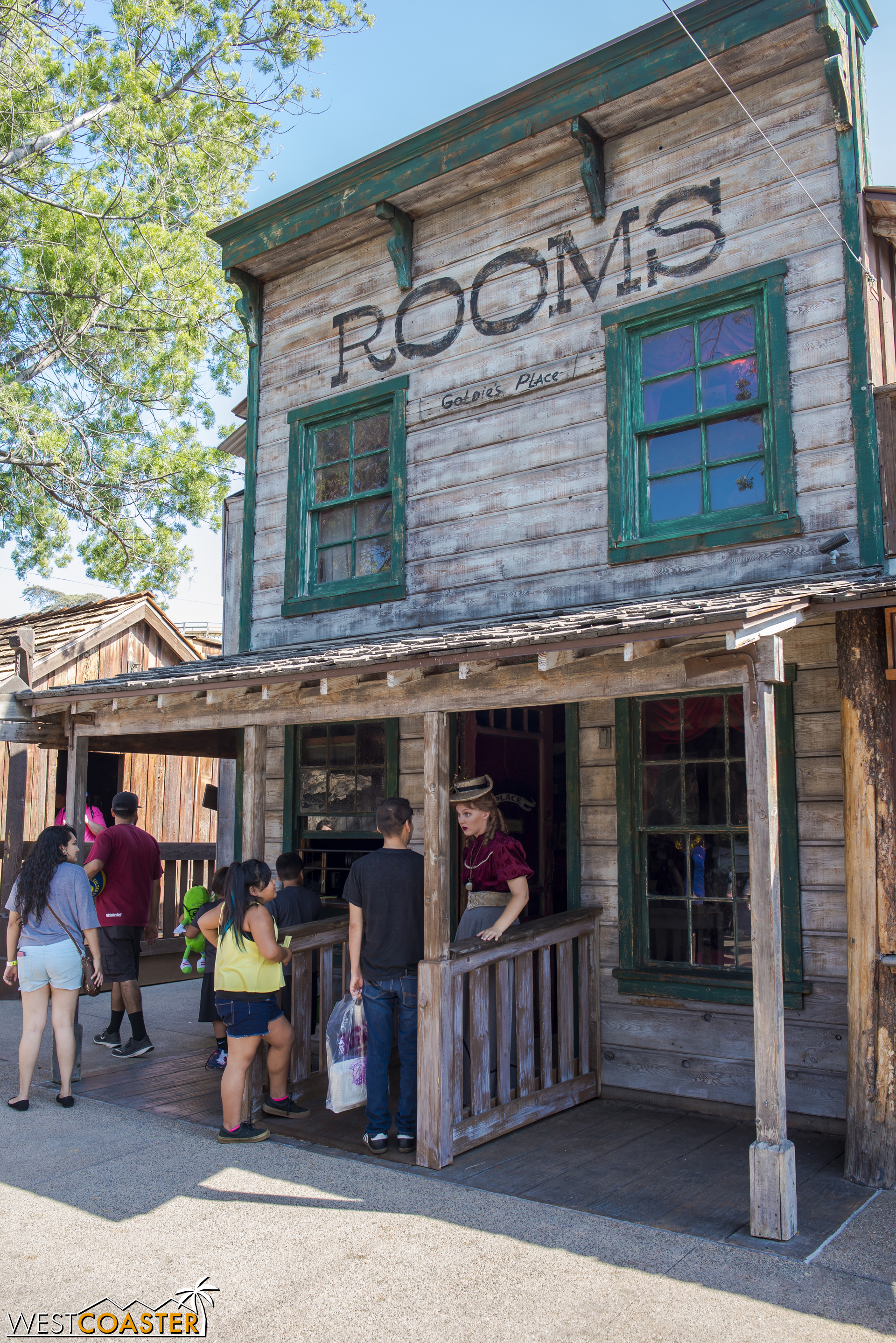 Goldie's Place is a popular destination for weary visiting travelers.