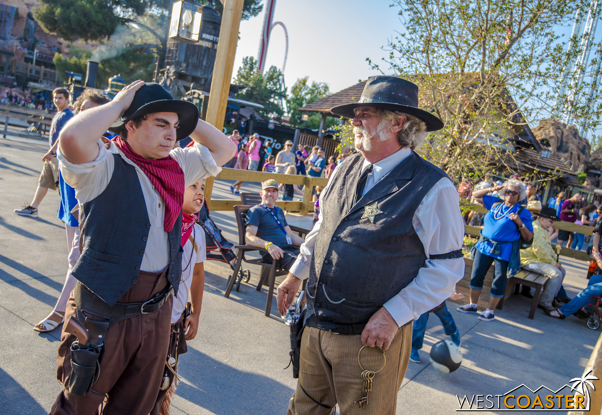 The Sheriff and a citizen have a word.