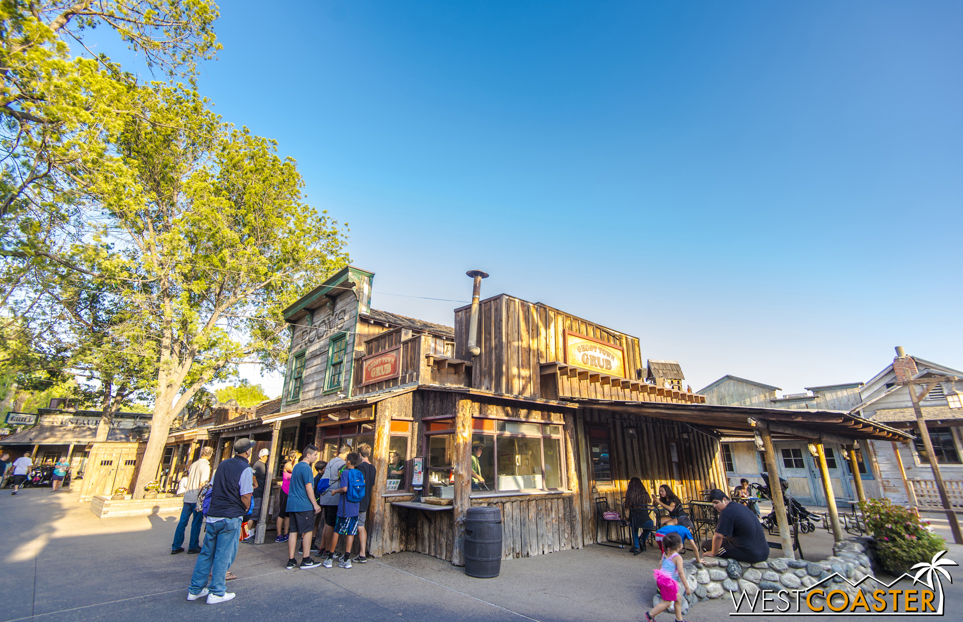 Grab some quick serve food at the Ghost Town Grub.