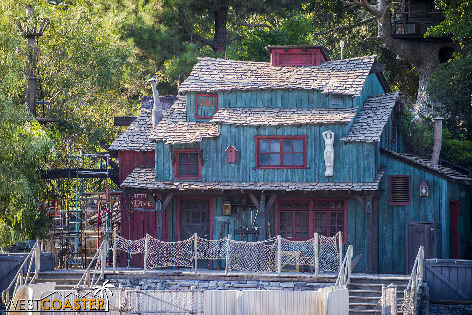 """Walt Disney himself wrote about this building and was like """"Yo, I like dis s**t, fool... don't never change it, a'ight?"""""""