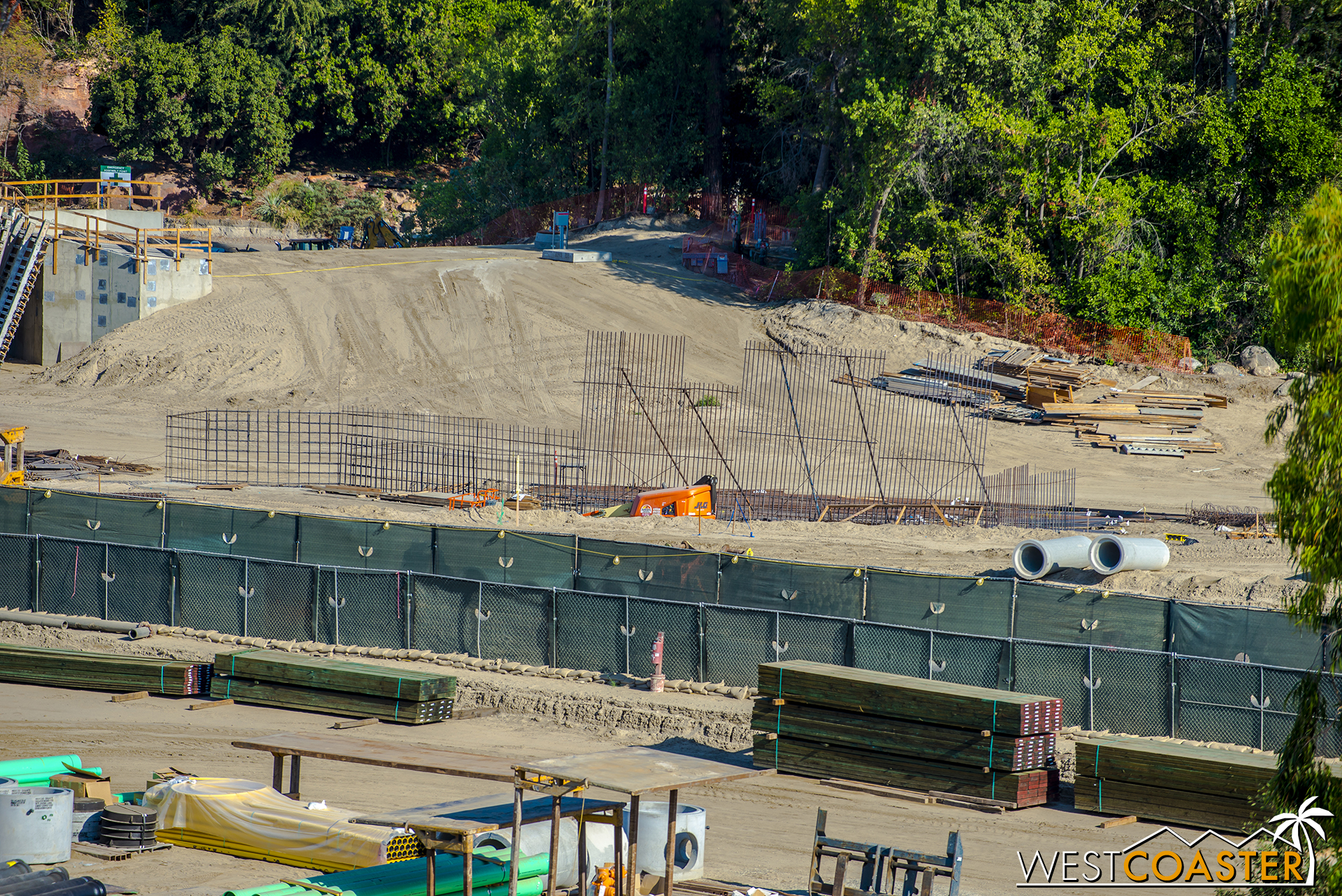 Who's excited for NuFantasmic?