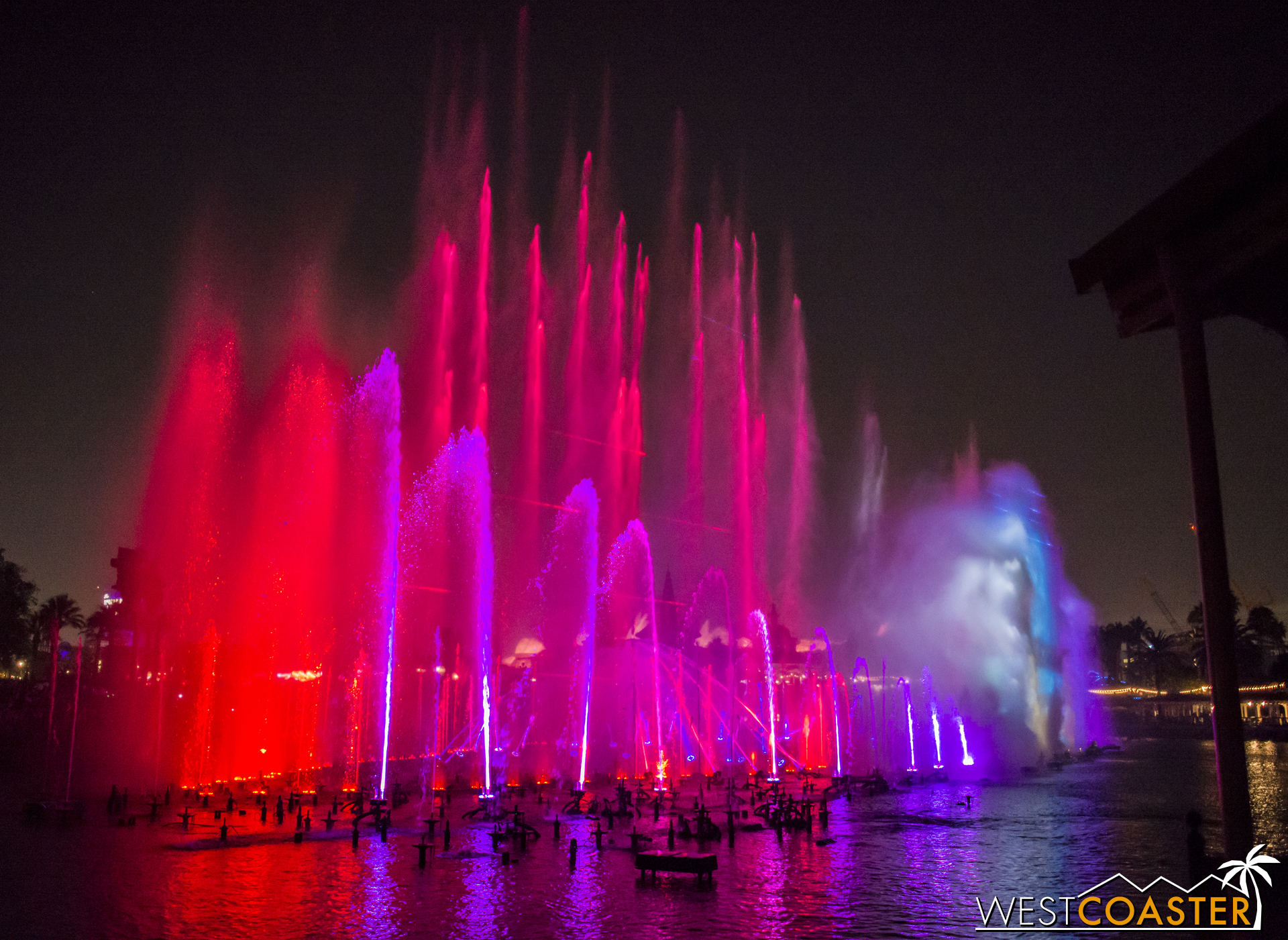 Still, the dancing fountains are mesmerizing here as they are from the front view.