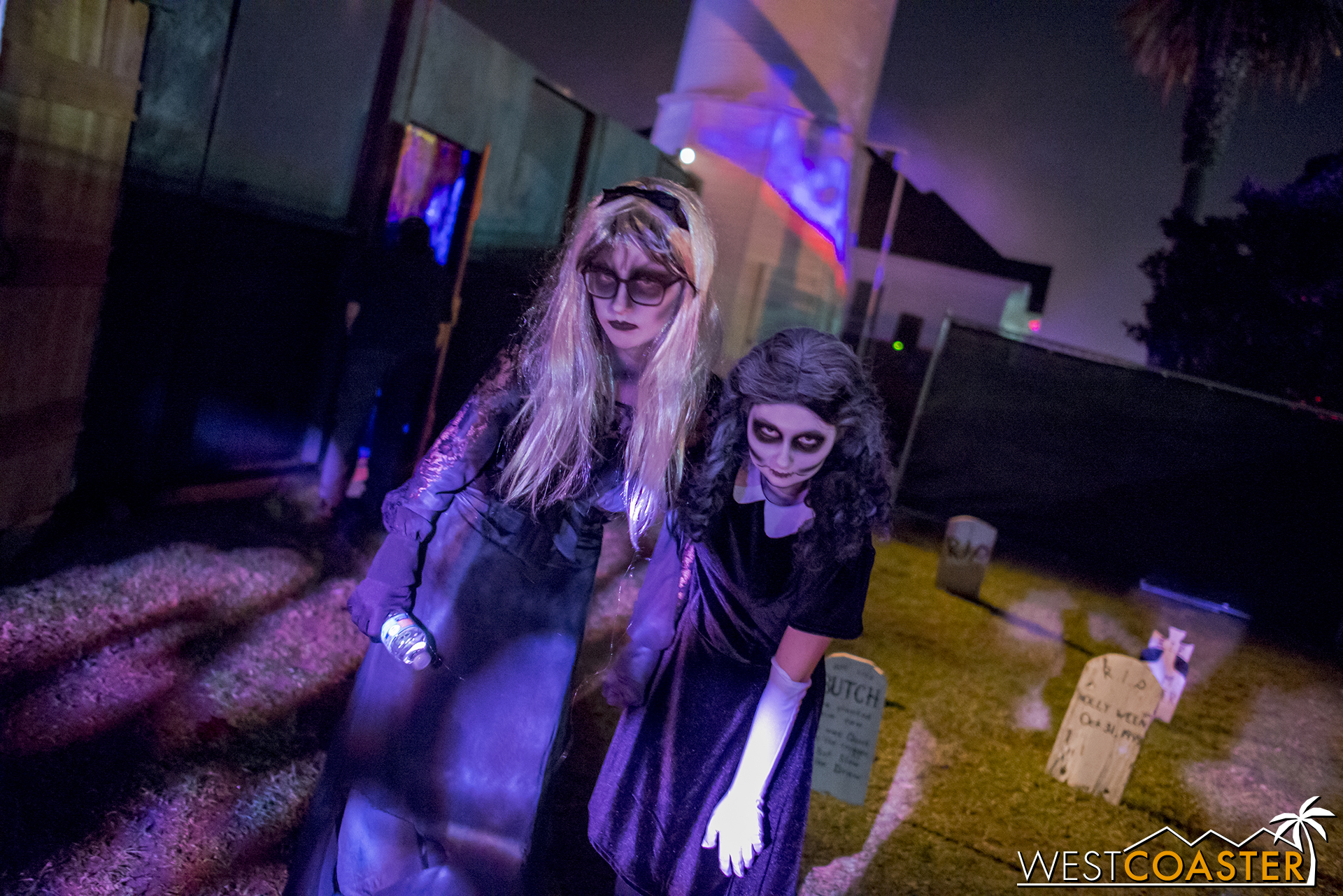 Here, guests encountered the peculiar members of the Hauntington and Oldfield families.