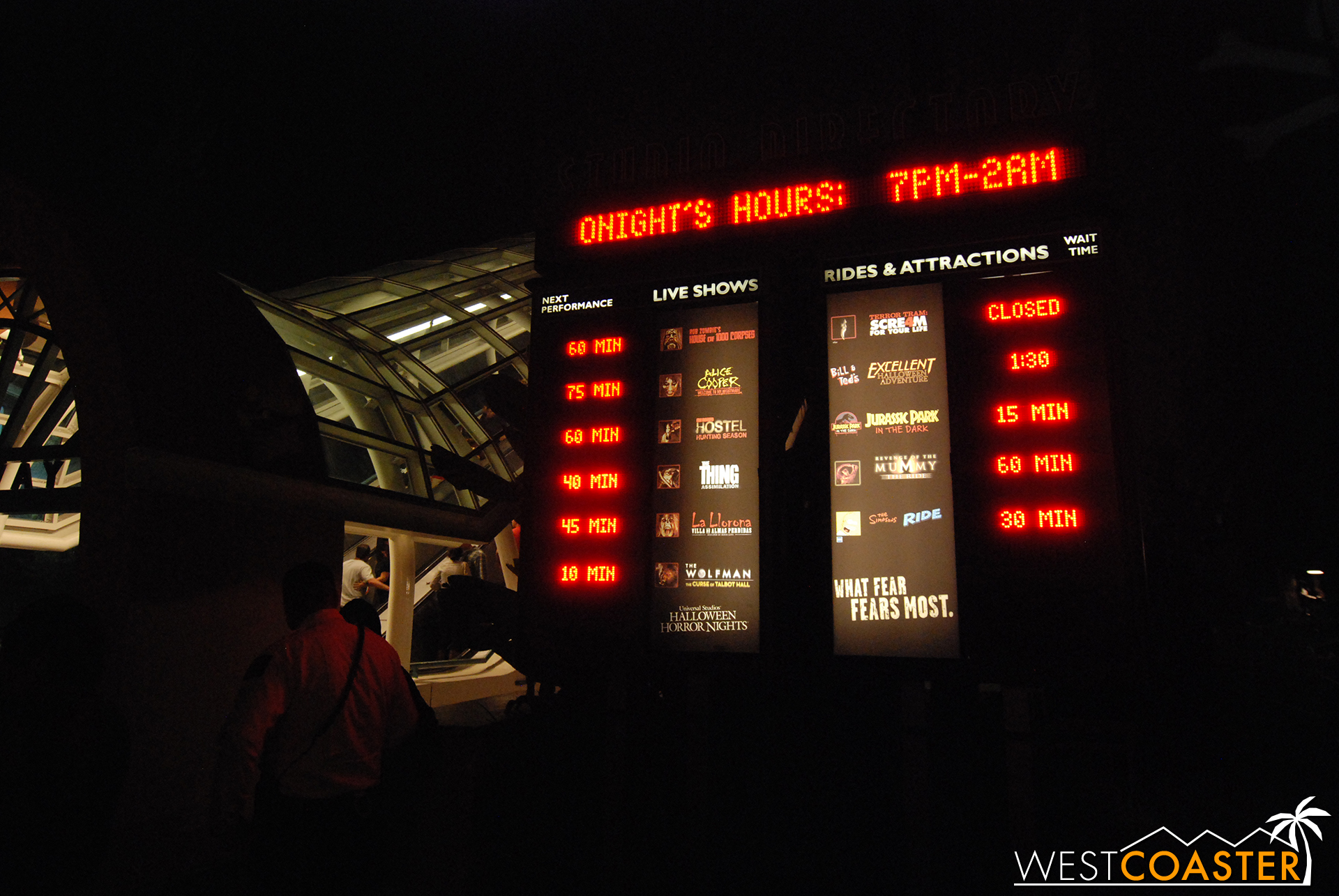 A wait times board from five years ago shows the disparity between then and today--reflecting the explosive growth in popularity of HHN.  This year's opening night boasted maze waits of double the above.