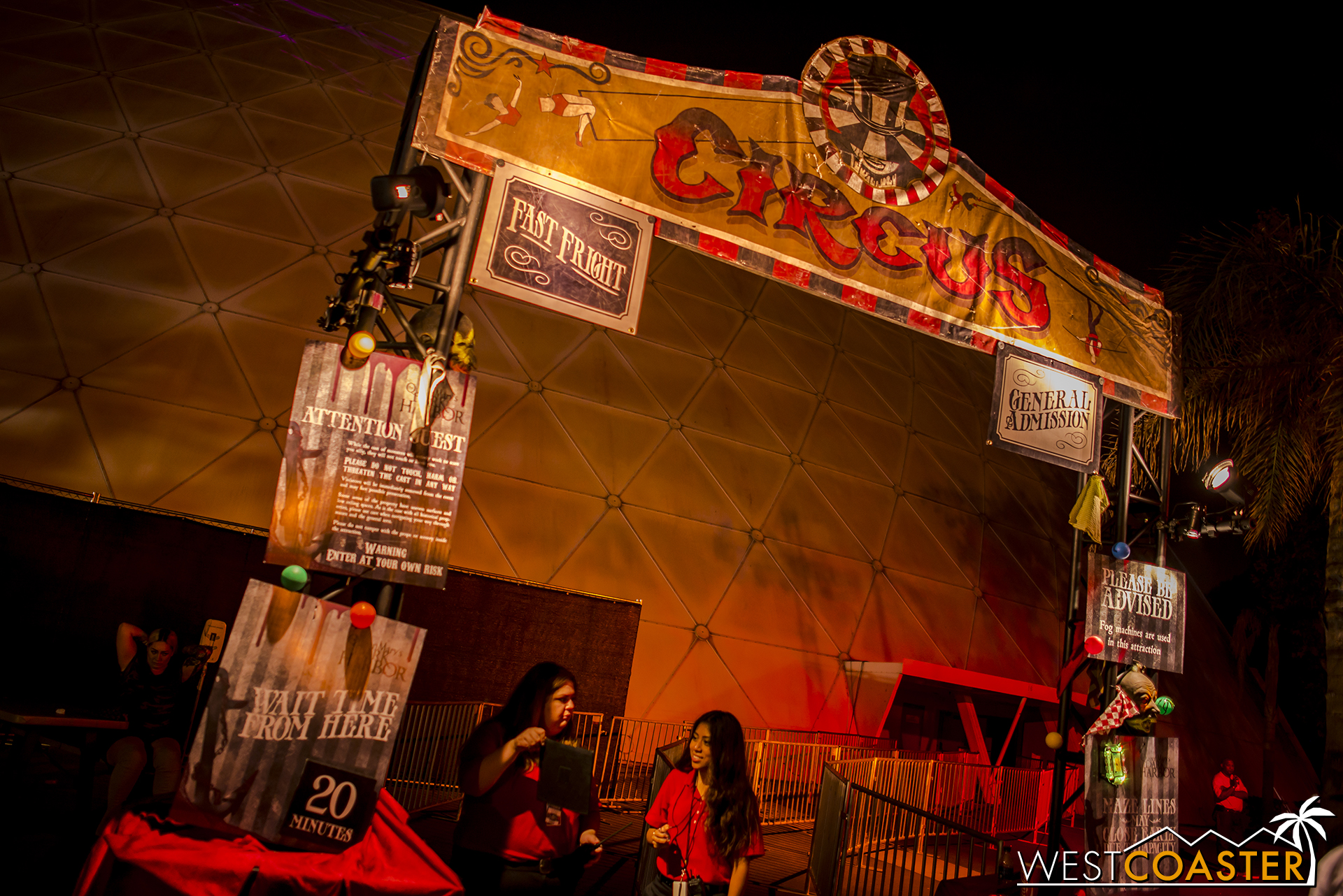 Circus time! Lets go inside!
