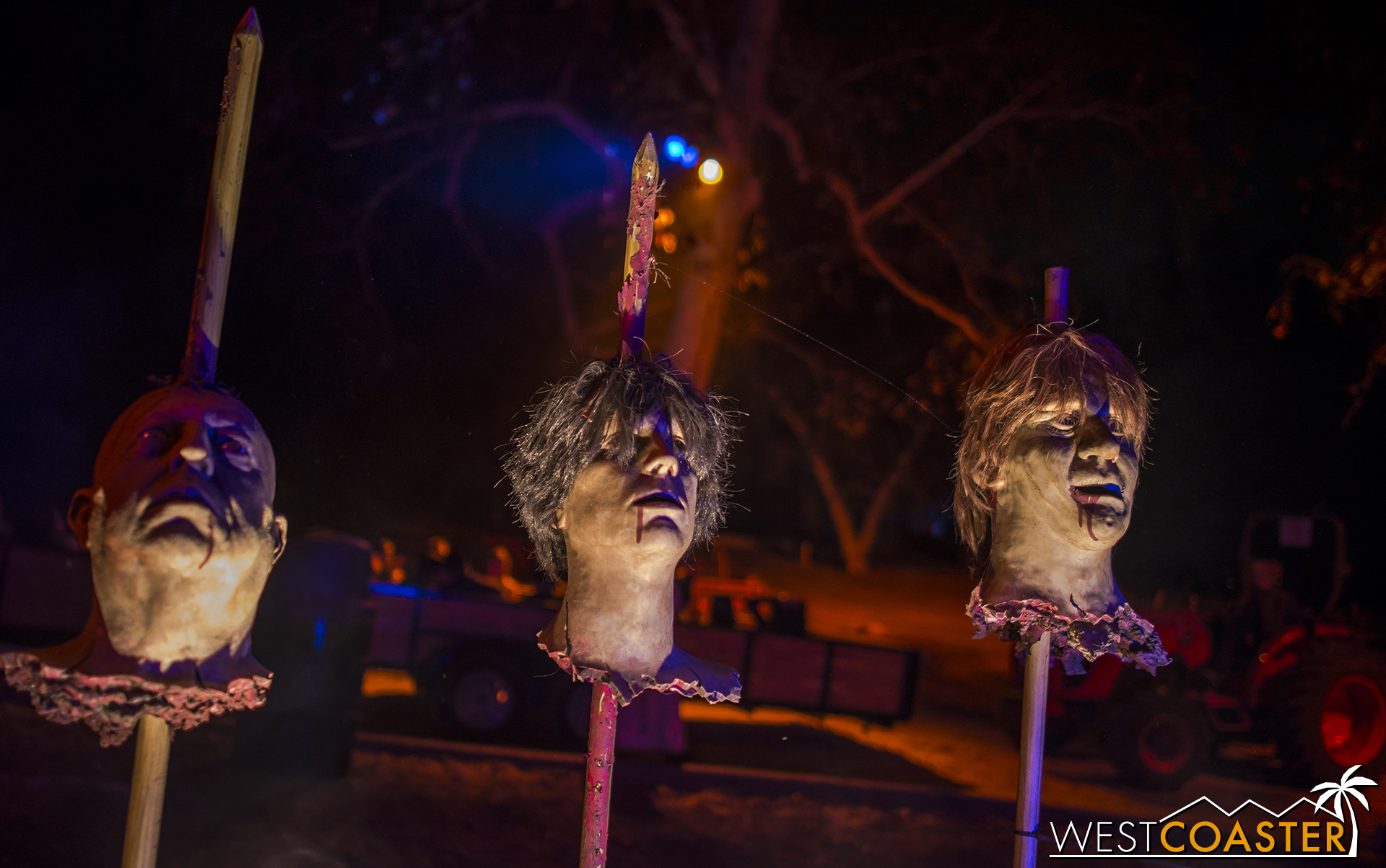 Those waiting in line may be serenaded by these singing heads on pikes.  Nice to see them still here.