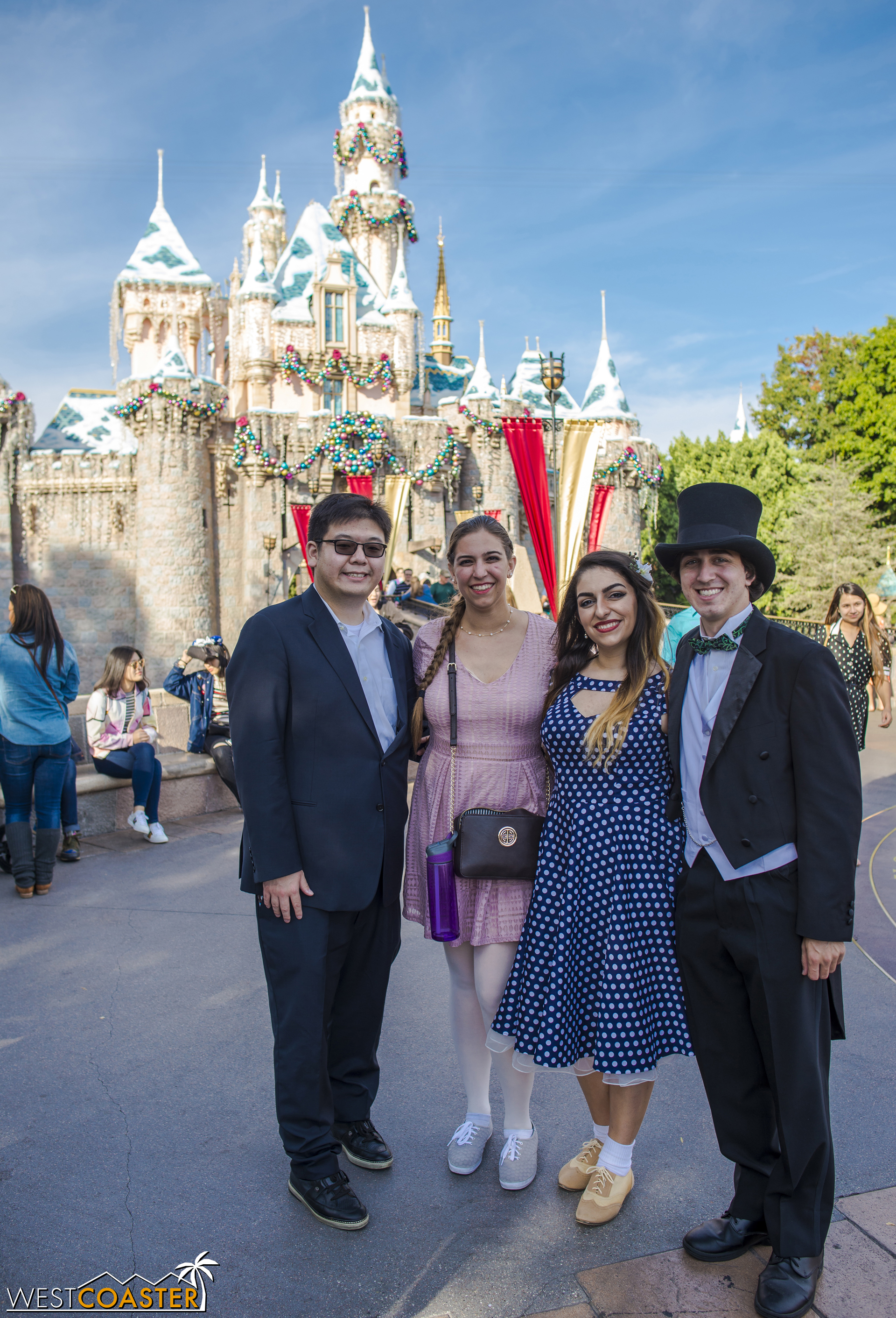 Also, Dapper Day rule: If I see you in a top hat, I must take your picture.