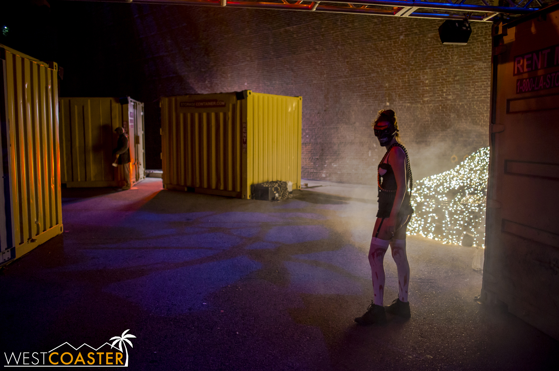 Scareactors took advantage of hiding within or behind the containers and then coming out of nowhere toward guests.