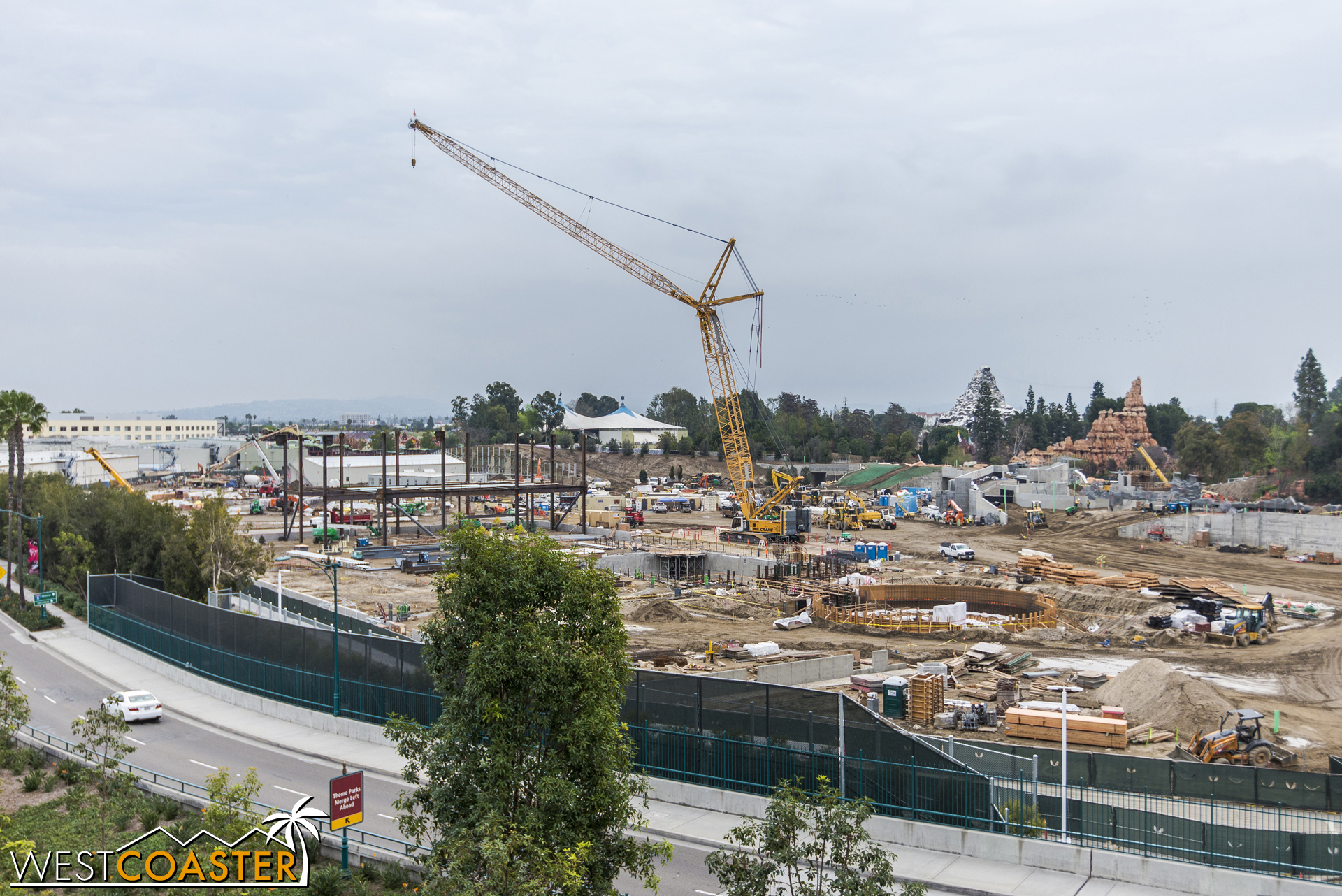 The most obvious new feature since last time is structural steel being put up. Even last week, this scene looked different.