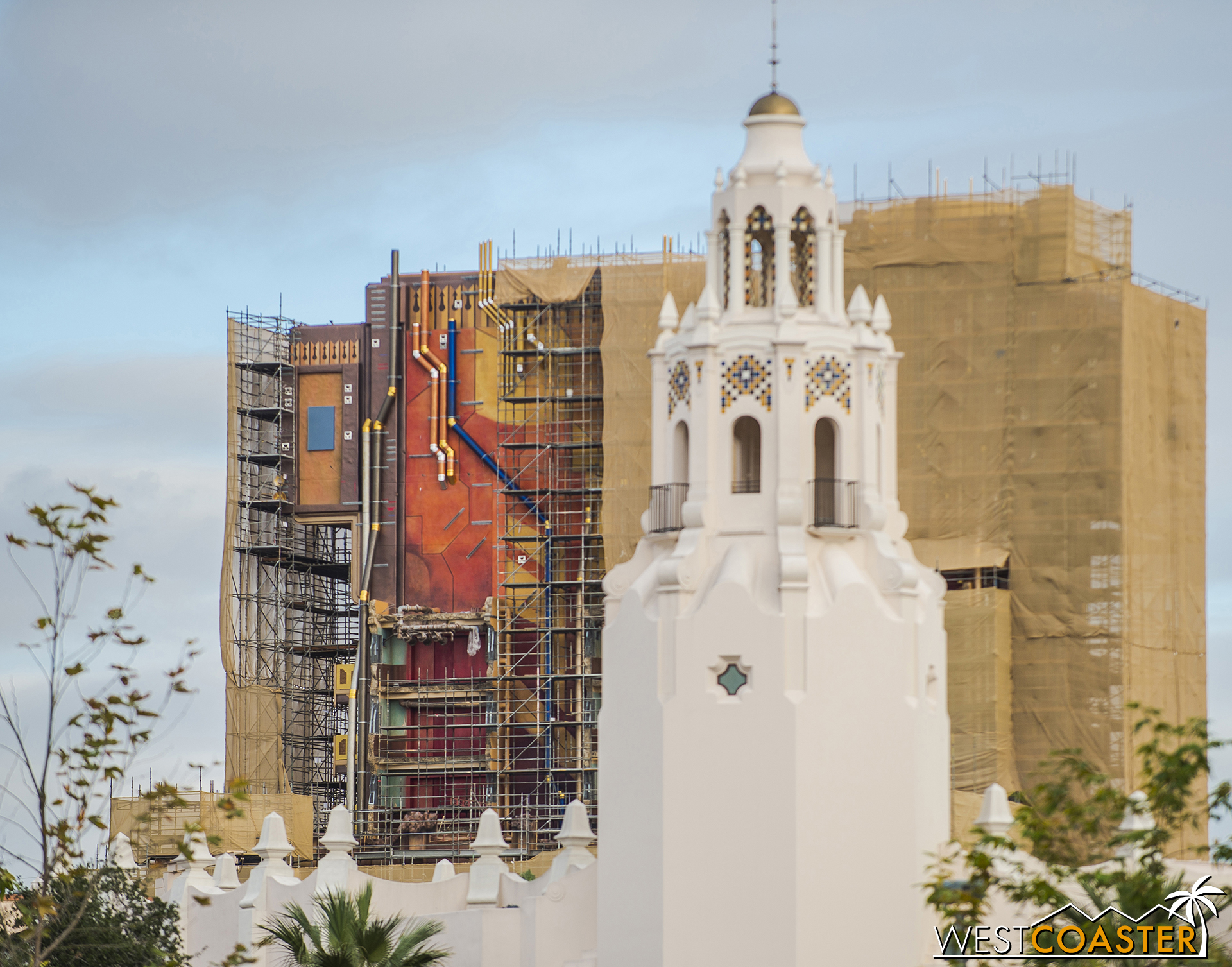 """Carthay Circle Restaurant's like, """"It's behind me, isn't it?"""""""