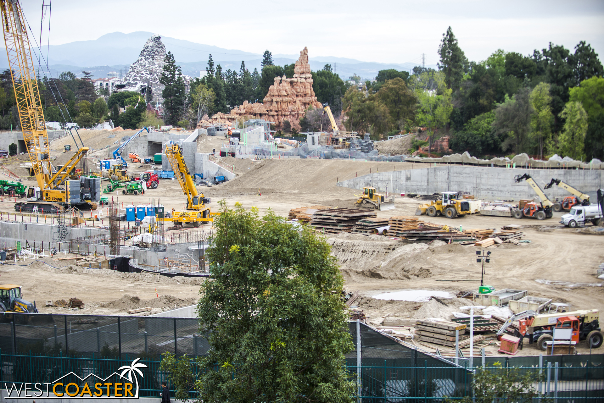 """That's the berm separating """"Star Wars"""" Land from the Rivers of America."""