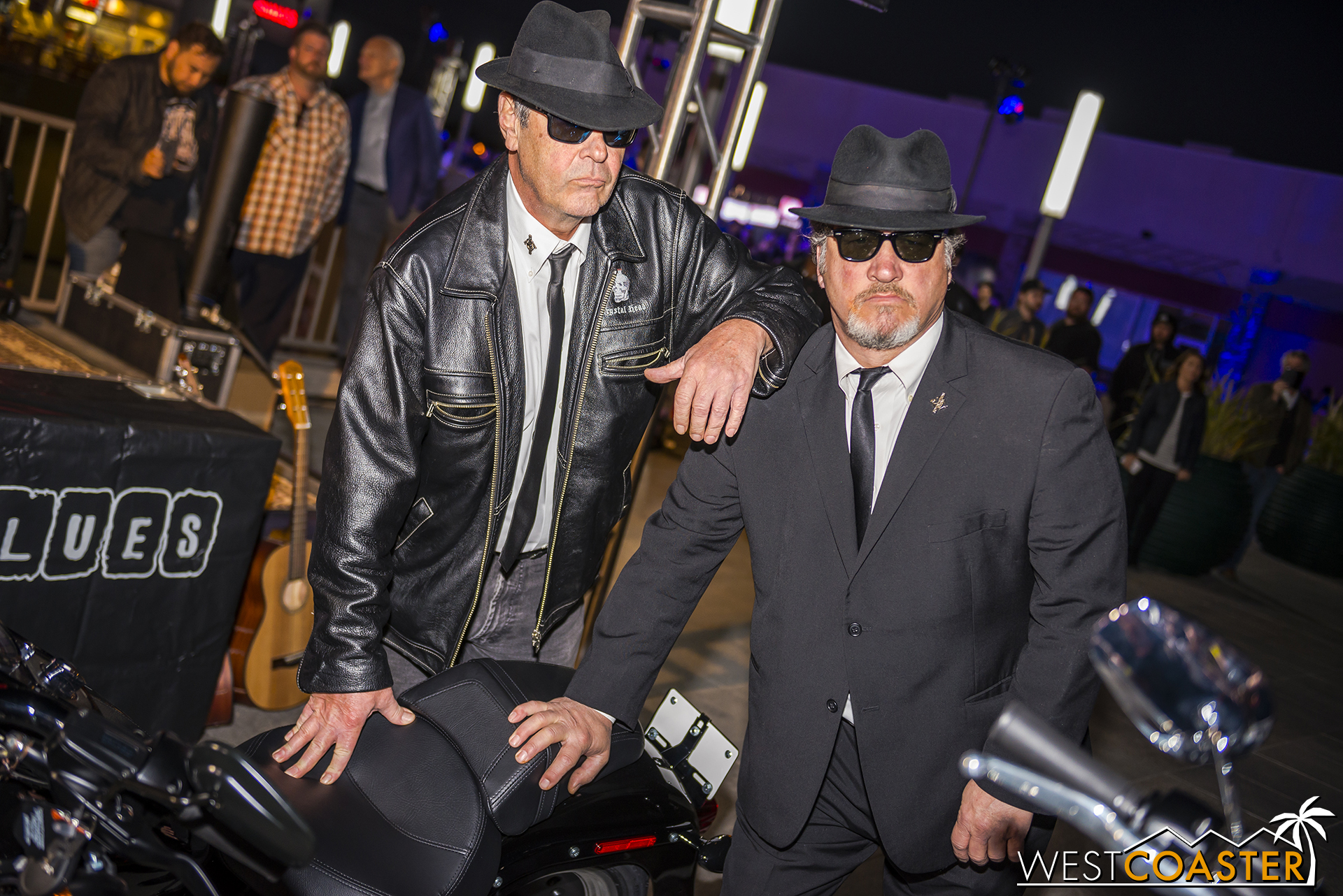 Aykroyd and Beluchi still have time to pose for requisite photos, though.