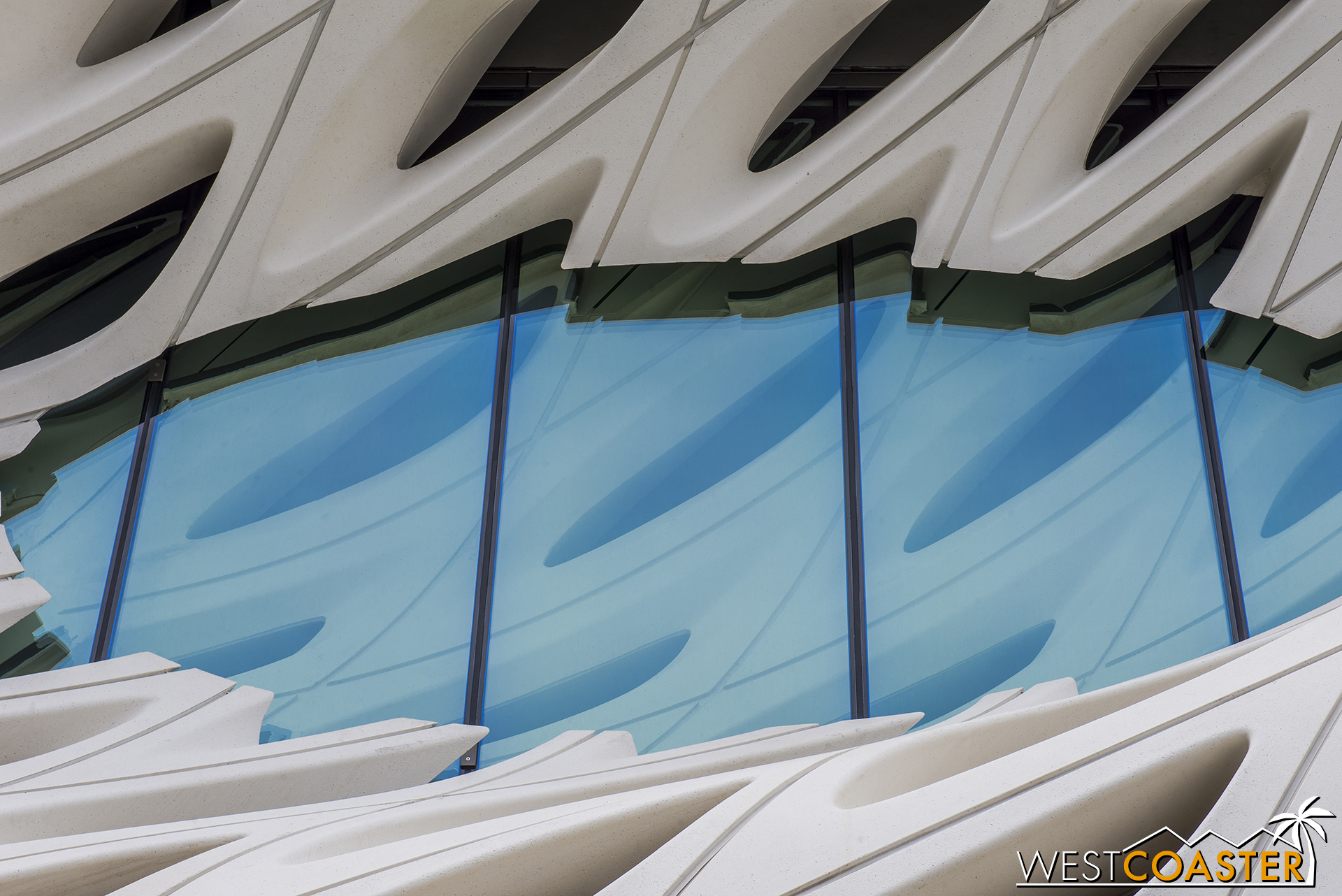 Close-up of the oculus.