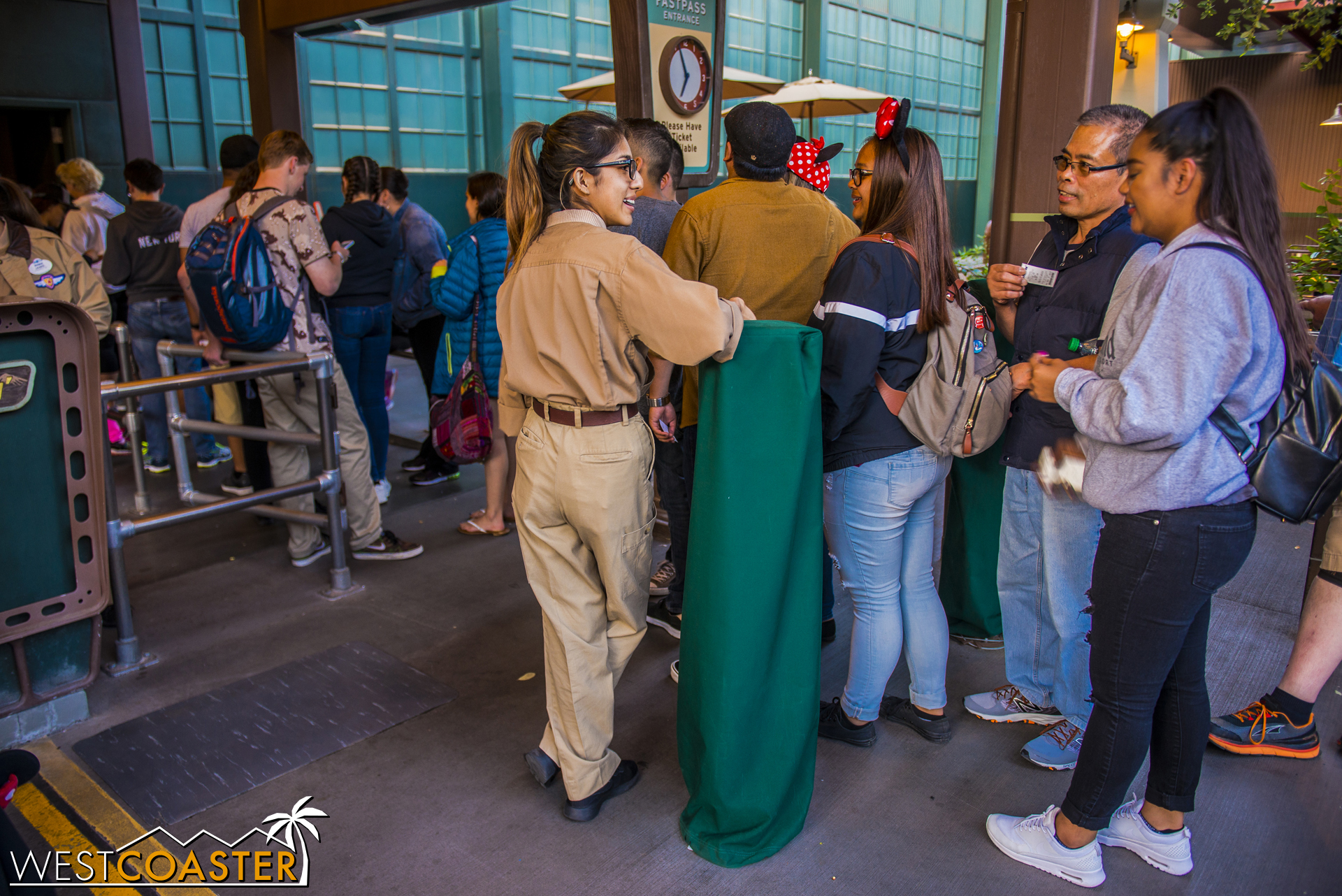 """Basically, the MaxPass """"machines"""" are the bollard towers at the entrance of the FastPass line."""